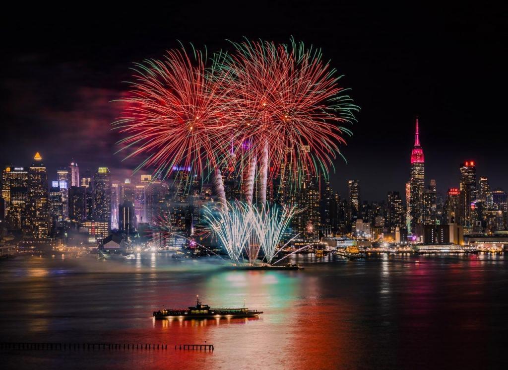 Фейерверк в Нью-Йорке по случаю китайского Праздника Весны